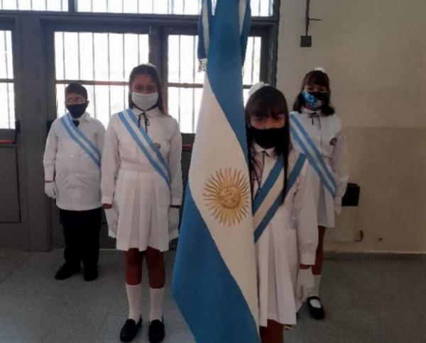 Ciclo Lectivo: Se realiza en la escuela caucetera Arturo Beruti