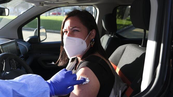 Los que deben colocarse la segunda dosis de la vacuna podrán optar por la modalidad AutoVac