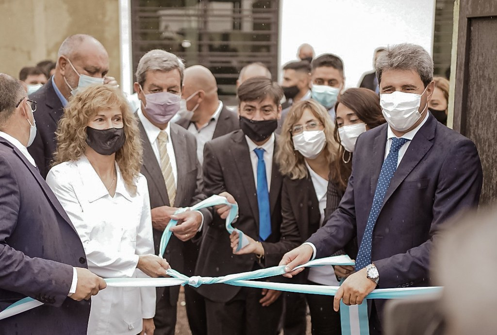 El Gobernador Uñac dio inicio al ciclo lectivo 2021