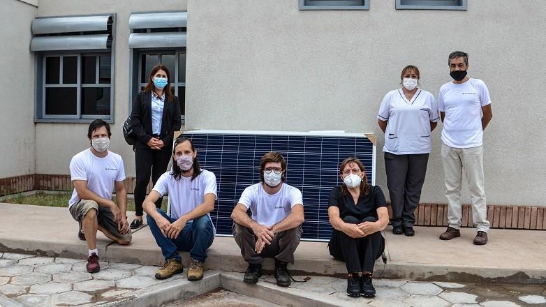 Módulos fotovoltaicos para instalar en el Hospital de Albardón