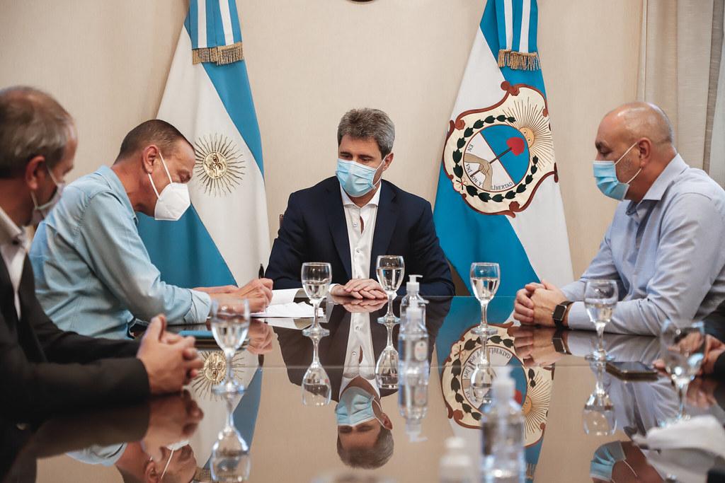 El Gobernador Uñac y el titular de Vialidad Nacional firmaron convenios