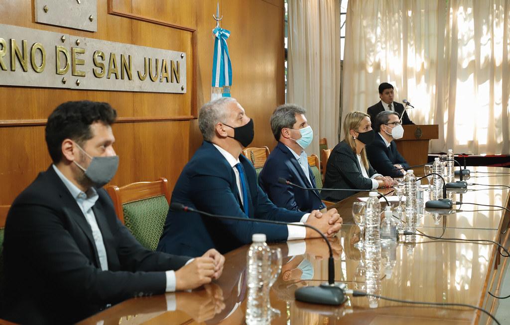 El Gobernador Uñac y Pietragalla firmaron un convenio