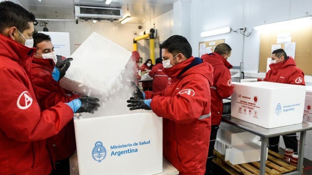 Distribución en todo el país de casi 800 mil vacunas de Astrazeneca