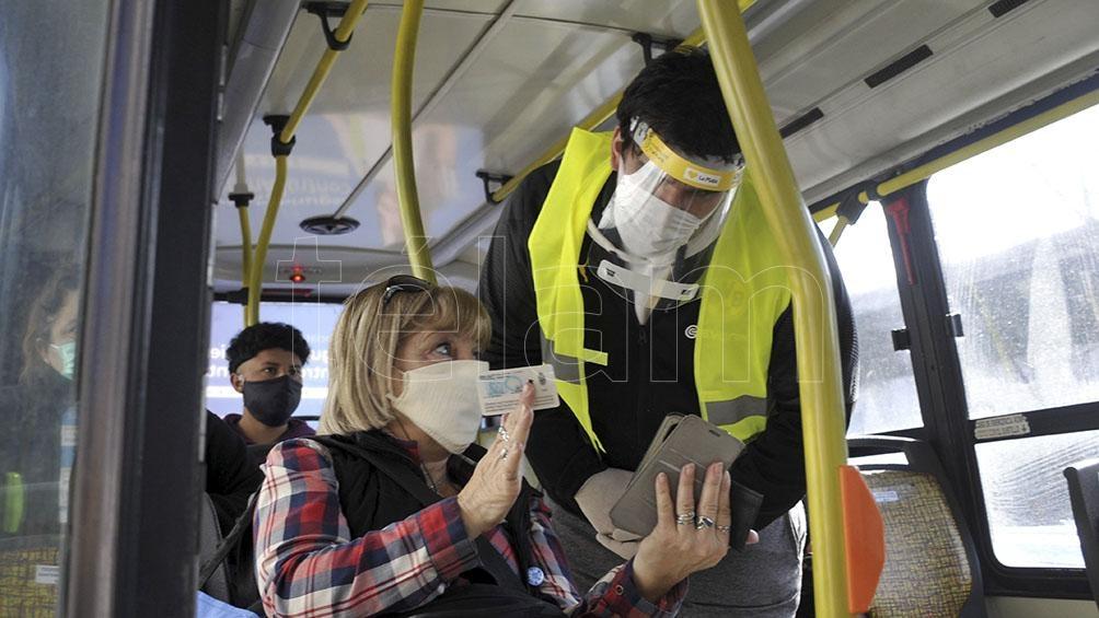 Médicos piden más medidas restrictivas por ser el «peor momento» de la pandemia