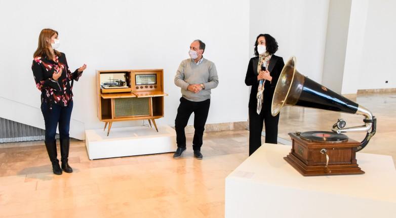 Oblivion – Piazzolla, la muestra que deslumbra en el Teatro del Bicentenario