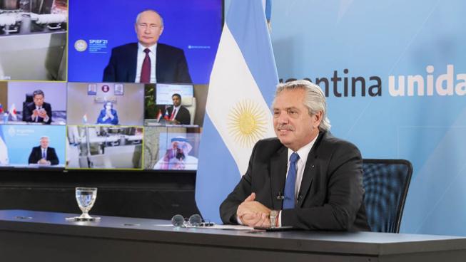 Fernández y Putin anunciaron el inicio de la producción de la vacuna Sputnik V en Argentina