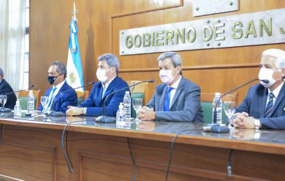 Daniel Scioli ratificó en San Juan su compromiso de hacer crecer el comercio internacional con Brasil