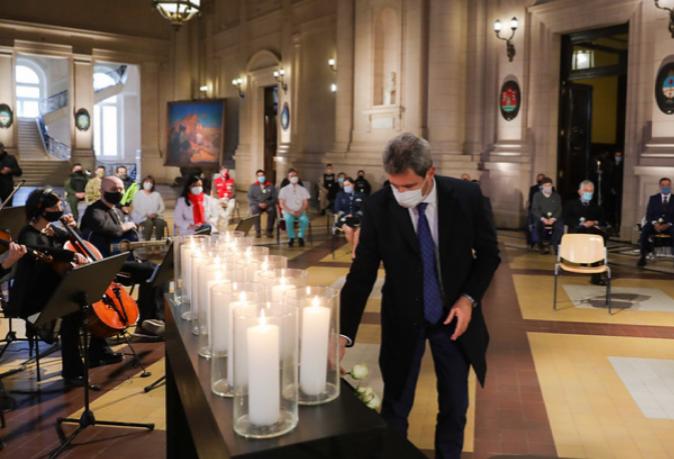 Homenaje a los fallecidos argentinos por COVID-19