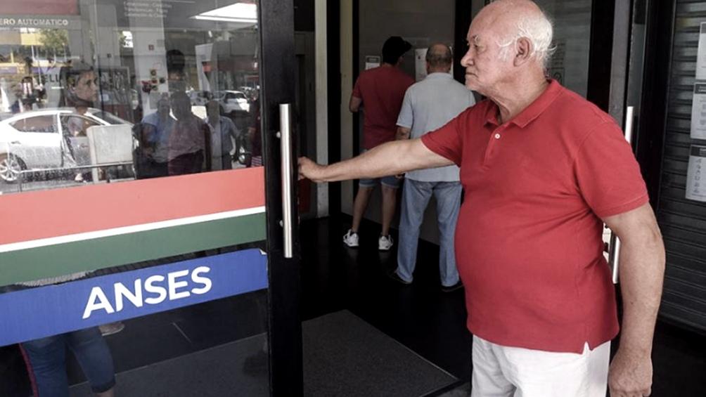 La Anses anunció el cronograma de pago del bono de $ 5.000 para jubilaciones y pensiones