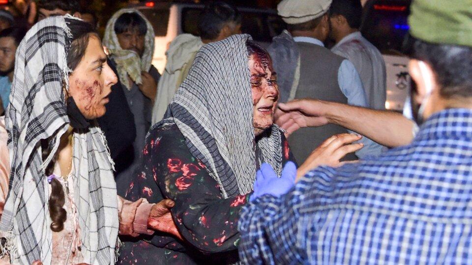 El Estado Islámico se atribuyó el doble atentado en Kabul