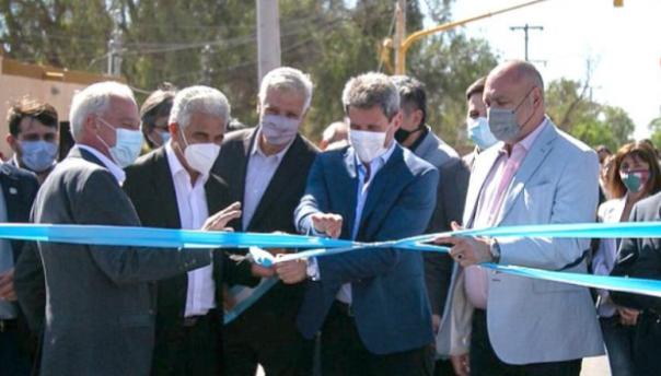 El gobernador inauguró en Rawson obras de repavimentación